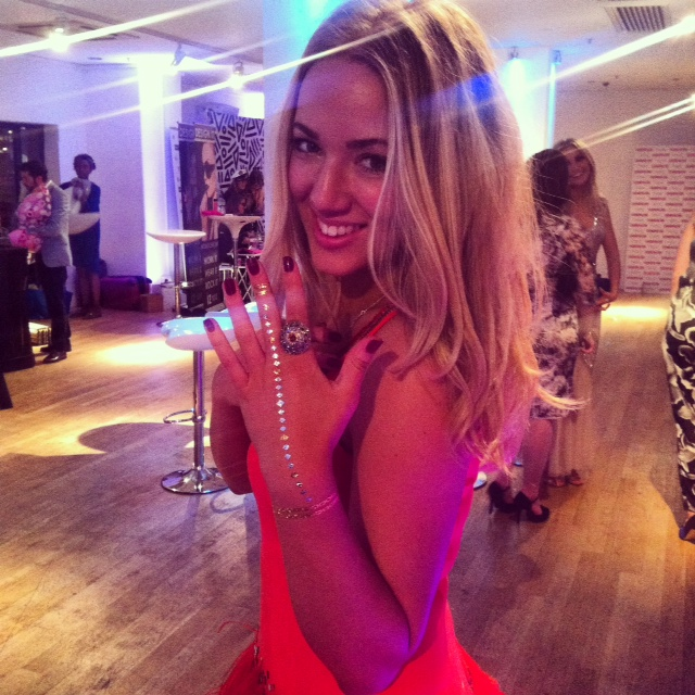 jess-gibson-travelista-cosmo-blog-awards4