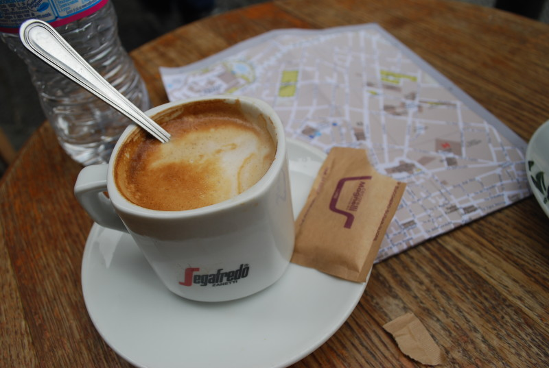 Italian coffee in Florence with map