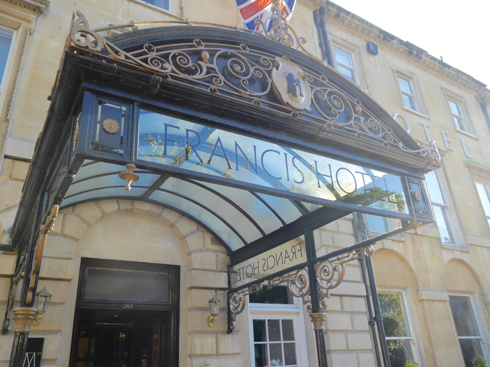 francis-hotel-bath-review15