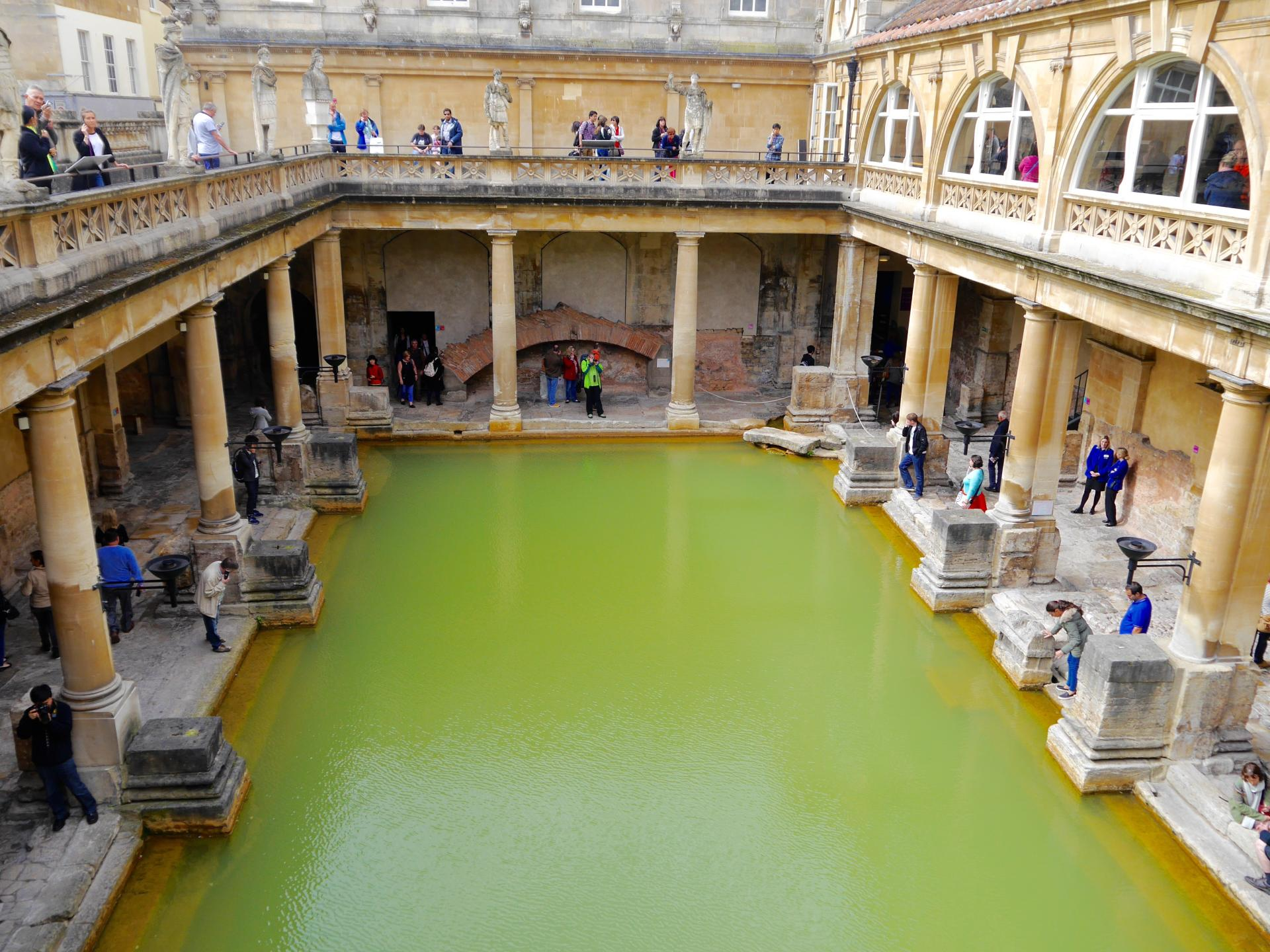 A Weekend City Guide to Bath, England | The Travelista
