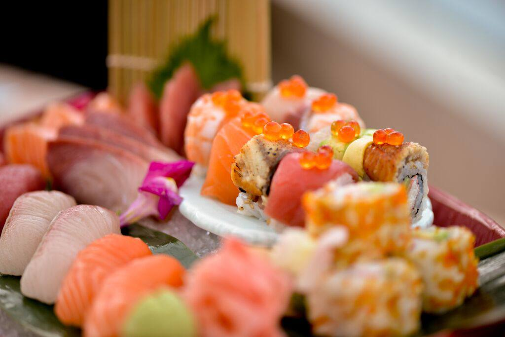 zeta-the-address-downtown-travelista-blog-sushi