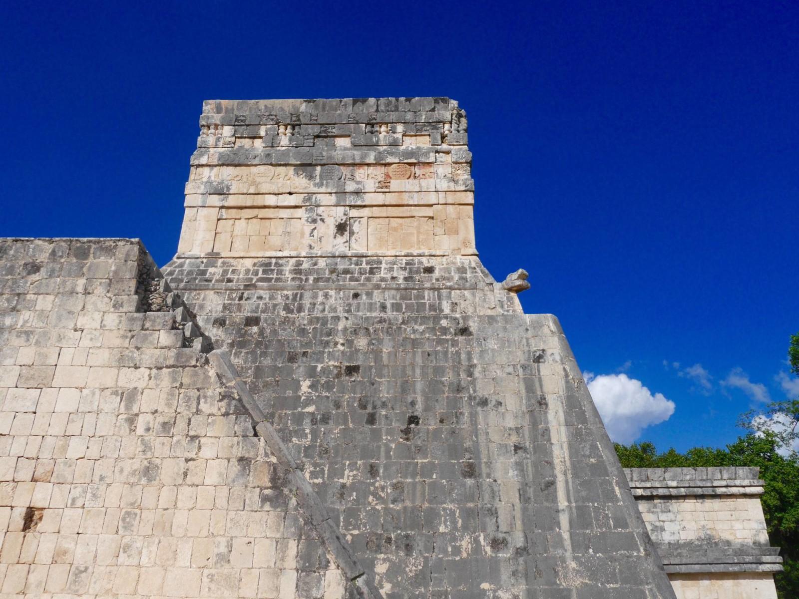 chichen-itza-mexico-ruins
