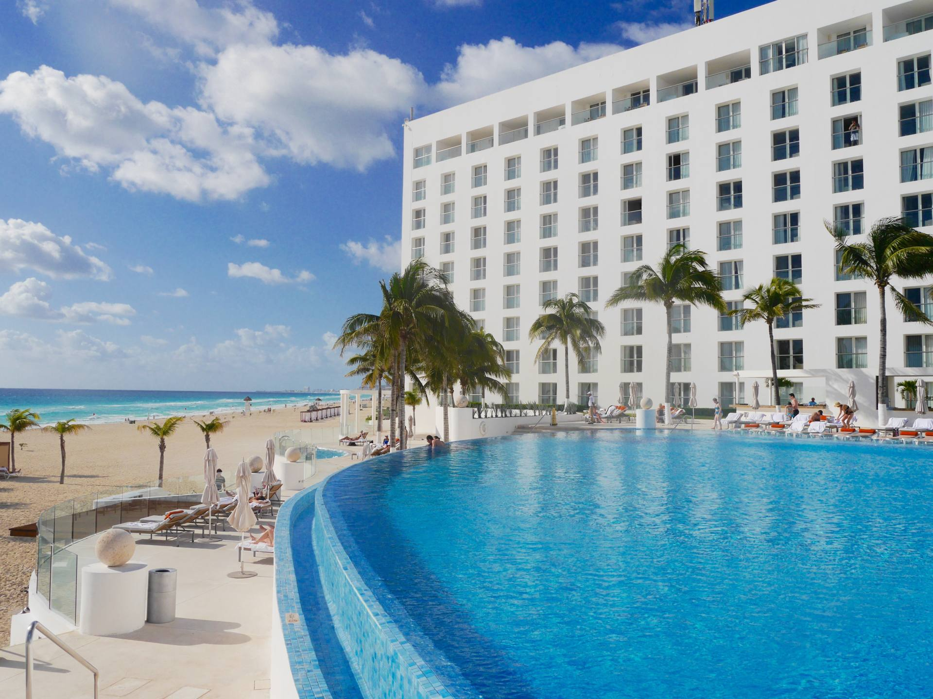 The Best All-Inclusive Adult Only Resort in Cancun: Le Blanc Spa Hotel