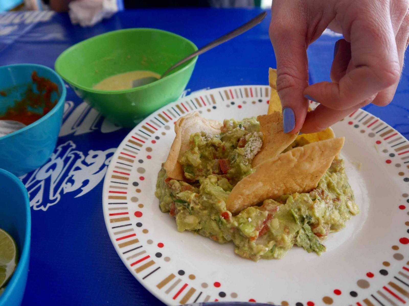 guacamole-market-28-cancun-low2