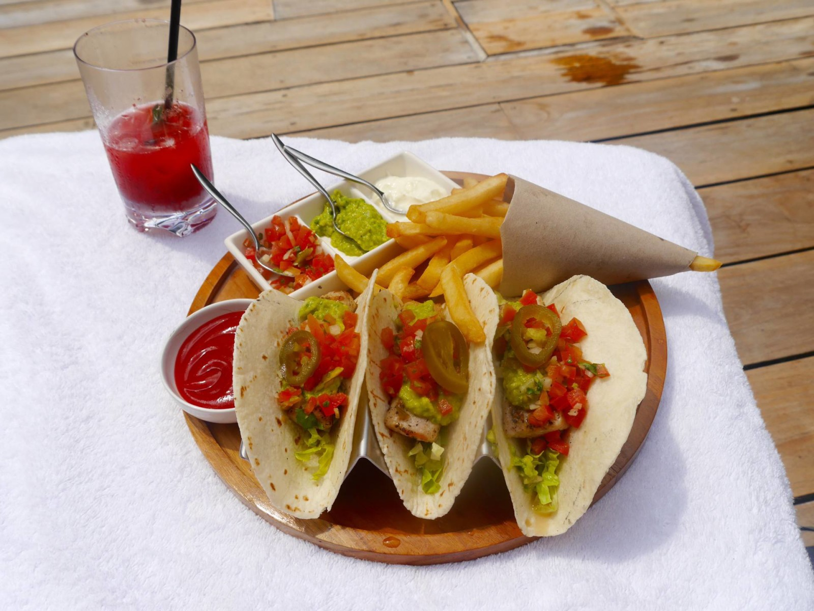 fish-tacos-four-seasons-sayan-ubud