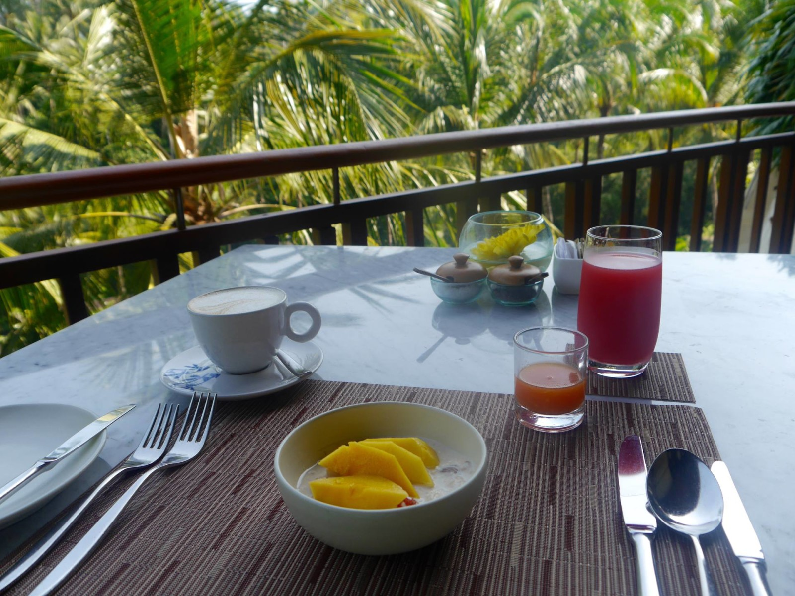 four-seasons-sayan-ubud-bali-breakfast