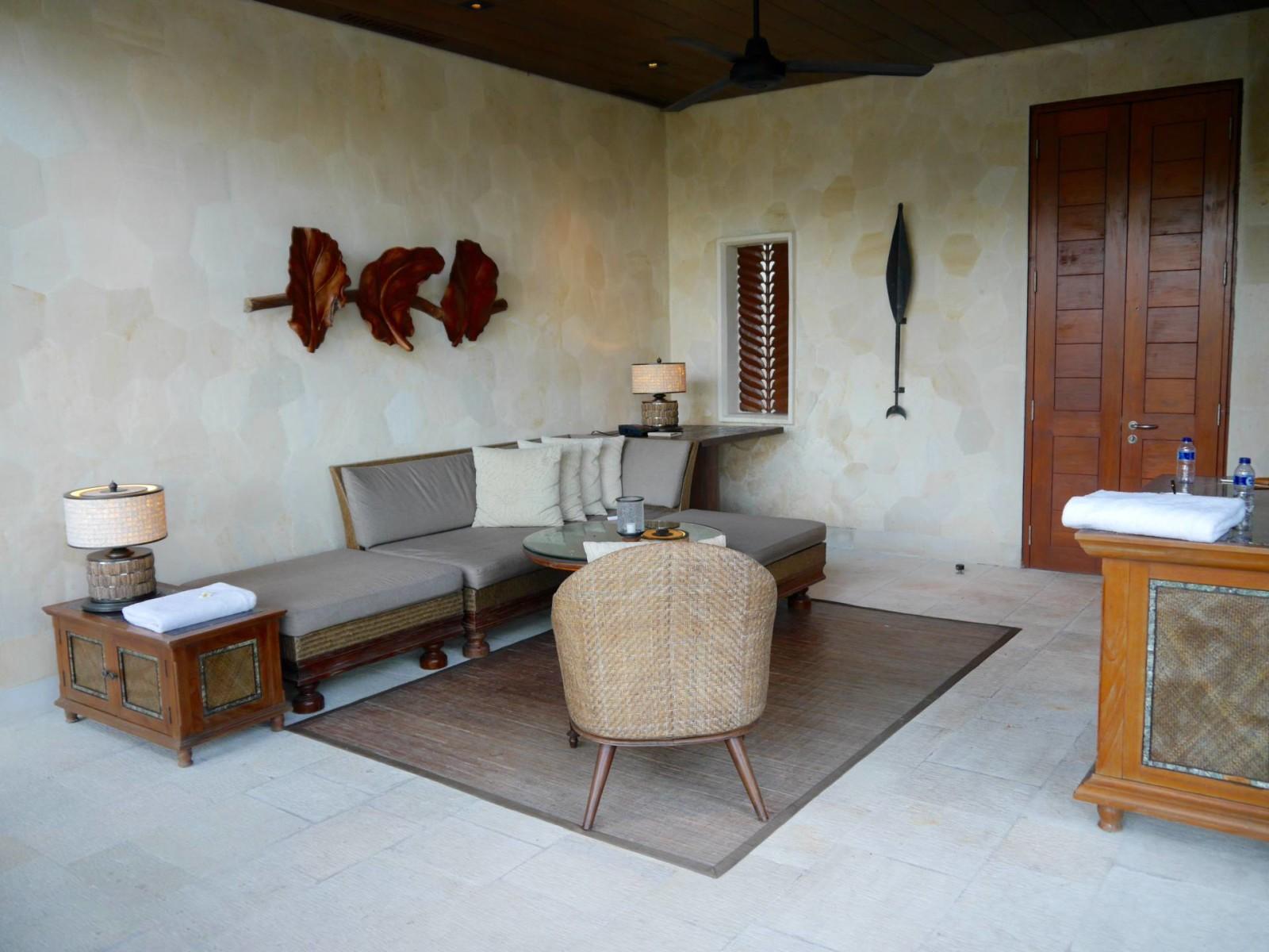 four-seasons-sayan-ubud-bali-villa-exterior