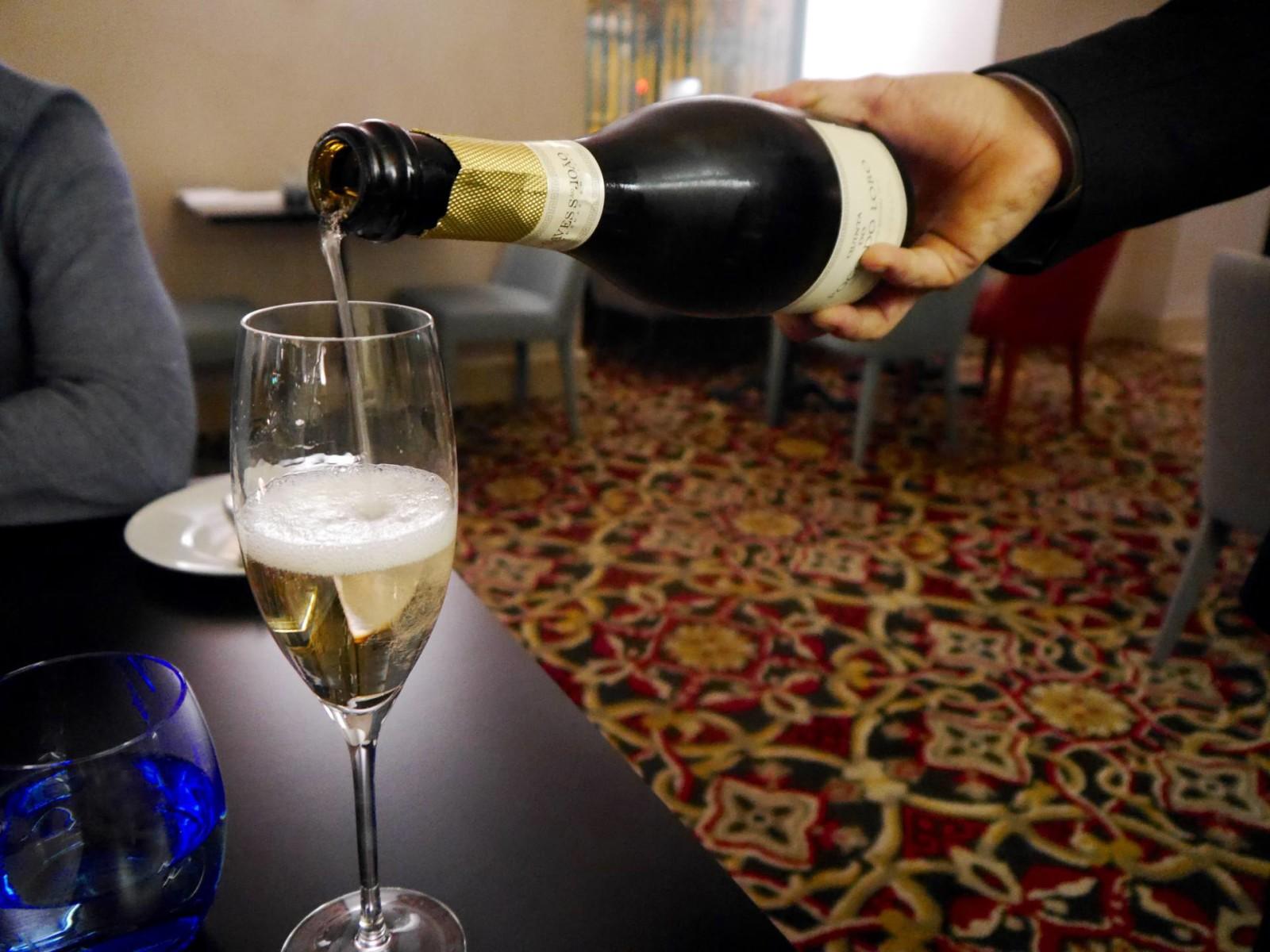 pousada-de-lisboa-lisbon-champagne