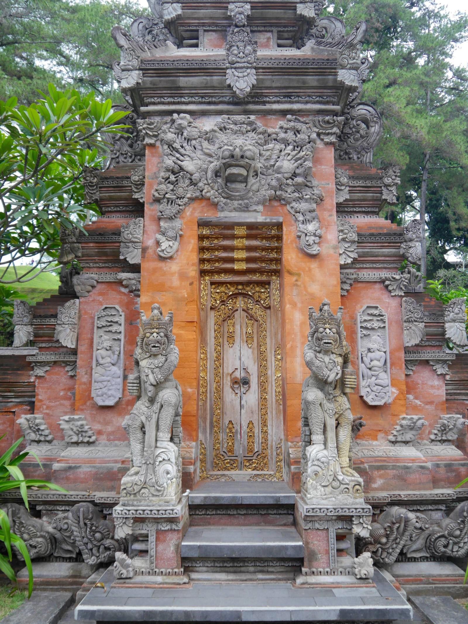 tirtha-empul-temple-bali