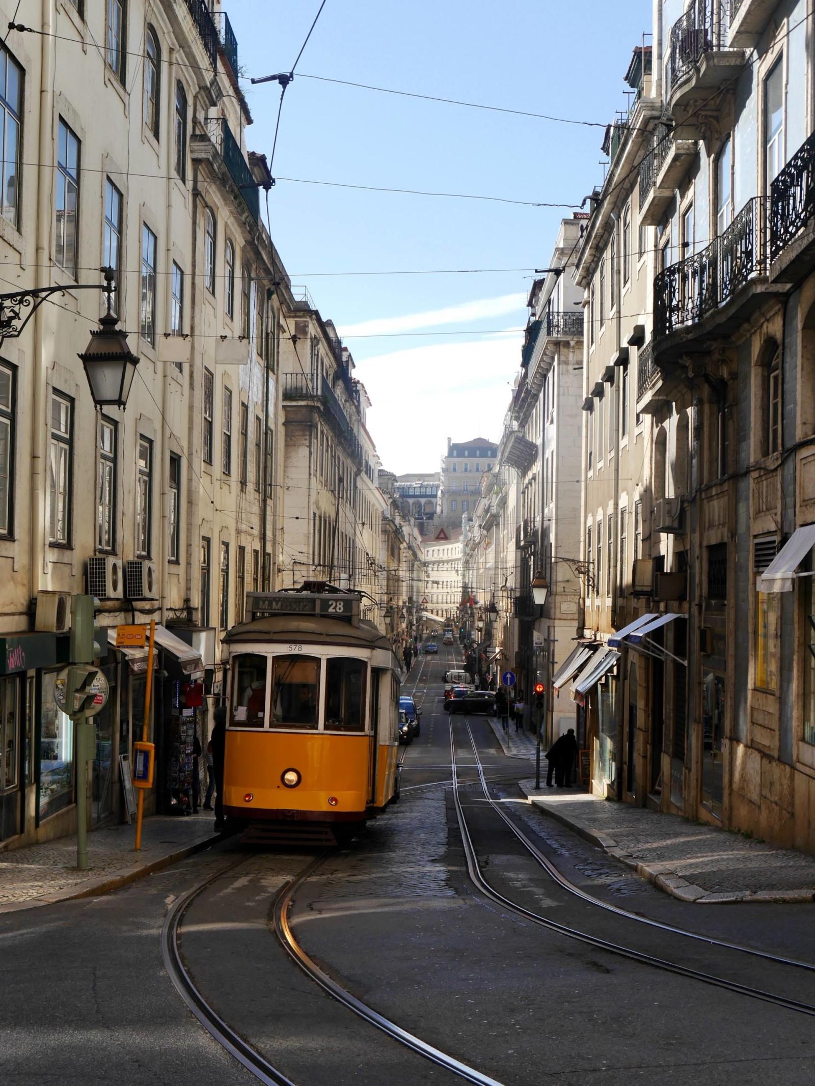 tram-28-lisbon2