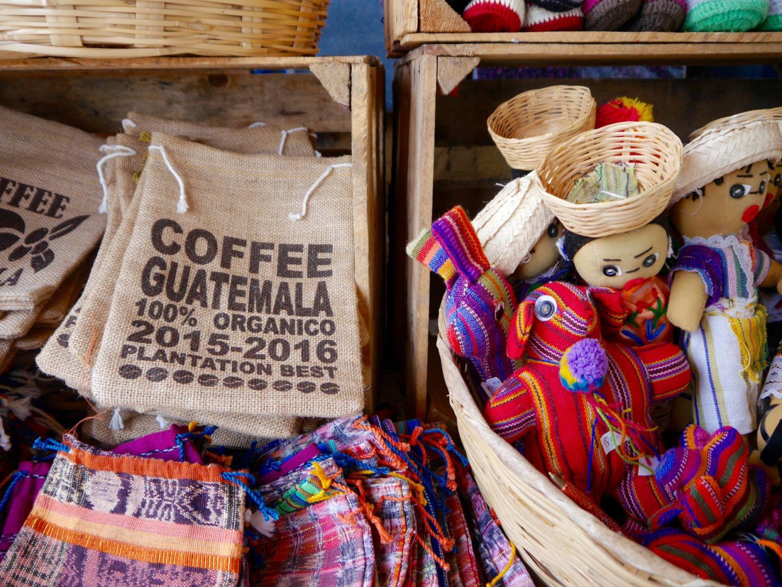 guatemala-coffee-lake-atitlan