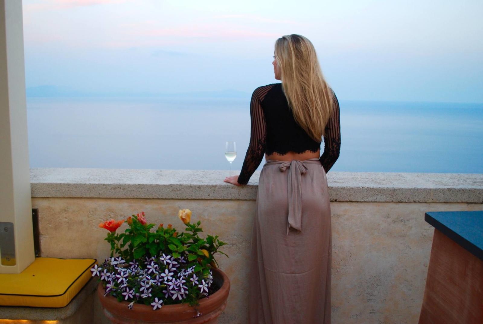 monastero-santa-rosa-amalfi-the-travelista-jess-gibson