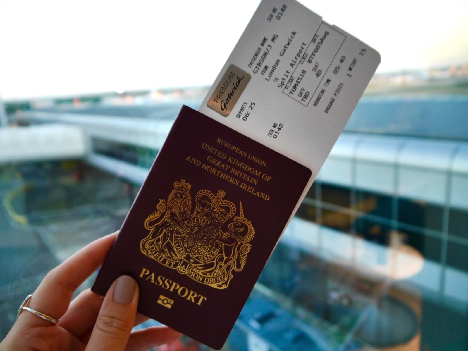 passport-gatwick-travel-blog-travelista