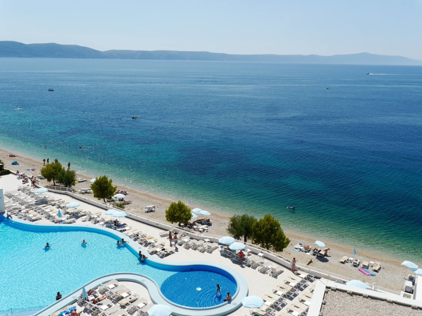 sensimar-adriatic-beach-resort-igrane-croatia-pool