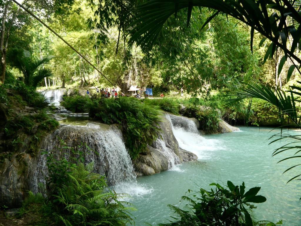 kawasan-falls-siquijor-philippines