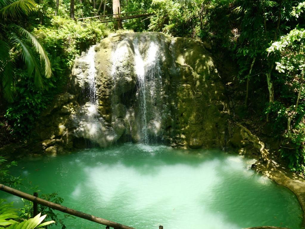 lugnason-falls-siquijor-philippines