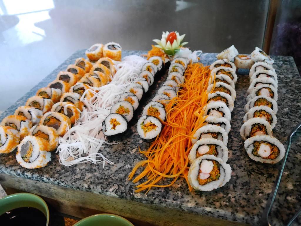 six-senses-ninh-van-bay-vietnam-sushi