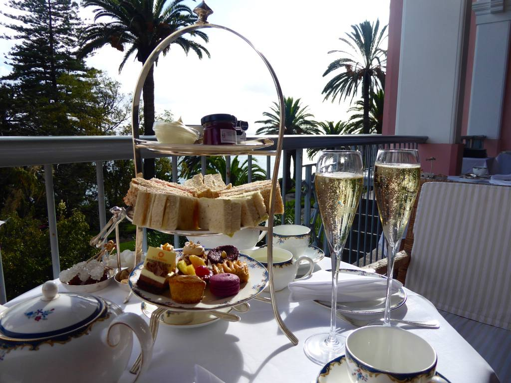 belmond-reids-palace-madeira-afternoon-tea-champagne