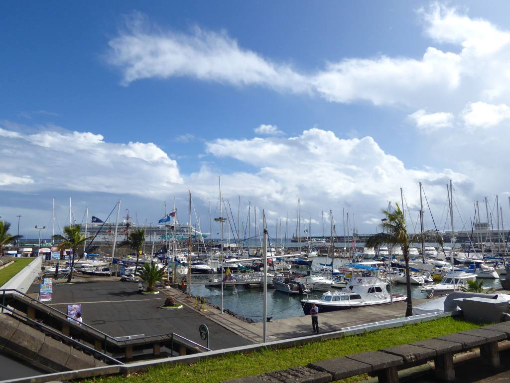 funchal-harbour-madeira1