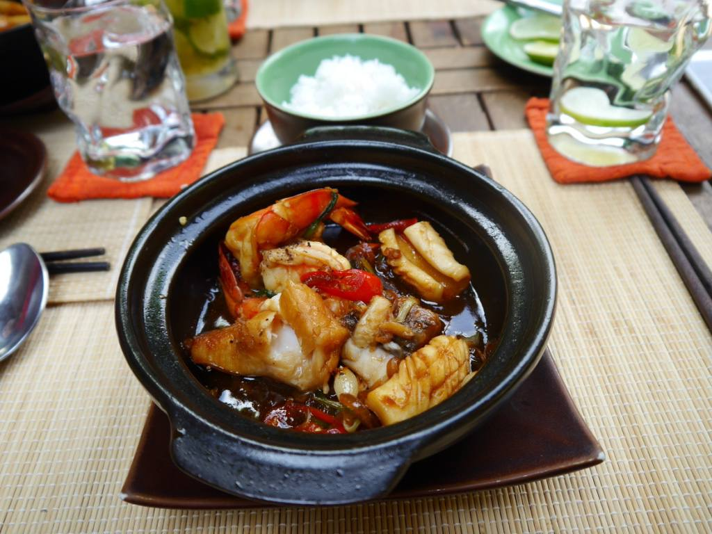 seafood-clay-pot-vietnamese-cooking-class