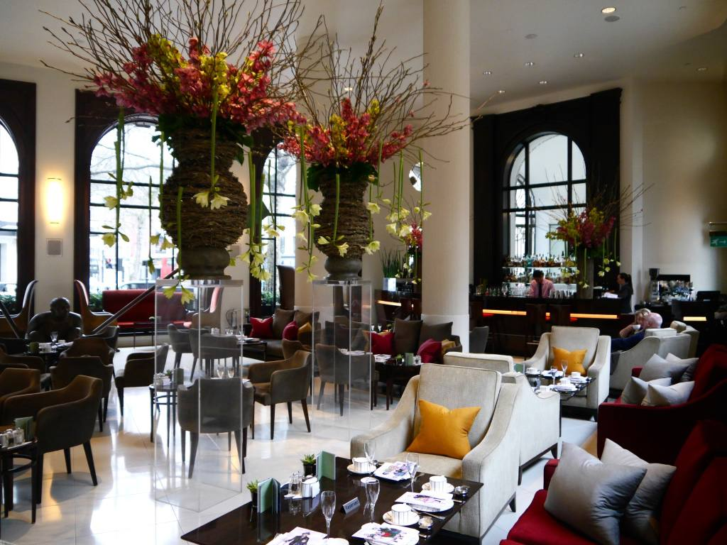 one-aldwych-hotel-london-review-lobby