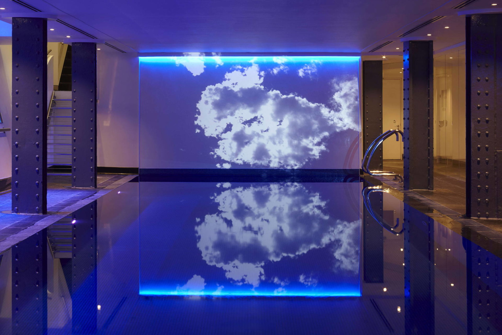 one-aldwych-london-indoor-pool-spa