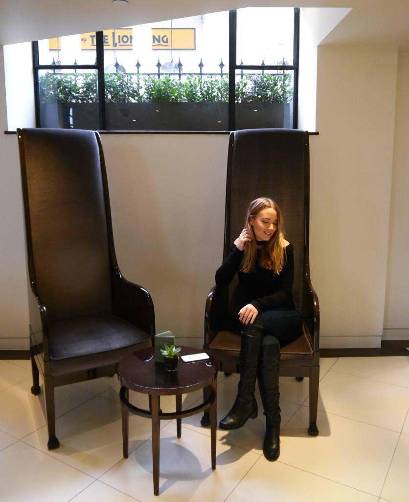 the-travelista-blog-jess-gibson-one-aldwych-lobby