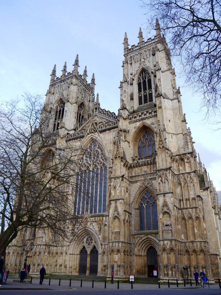 york-minster-city-guide