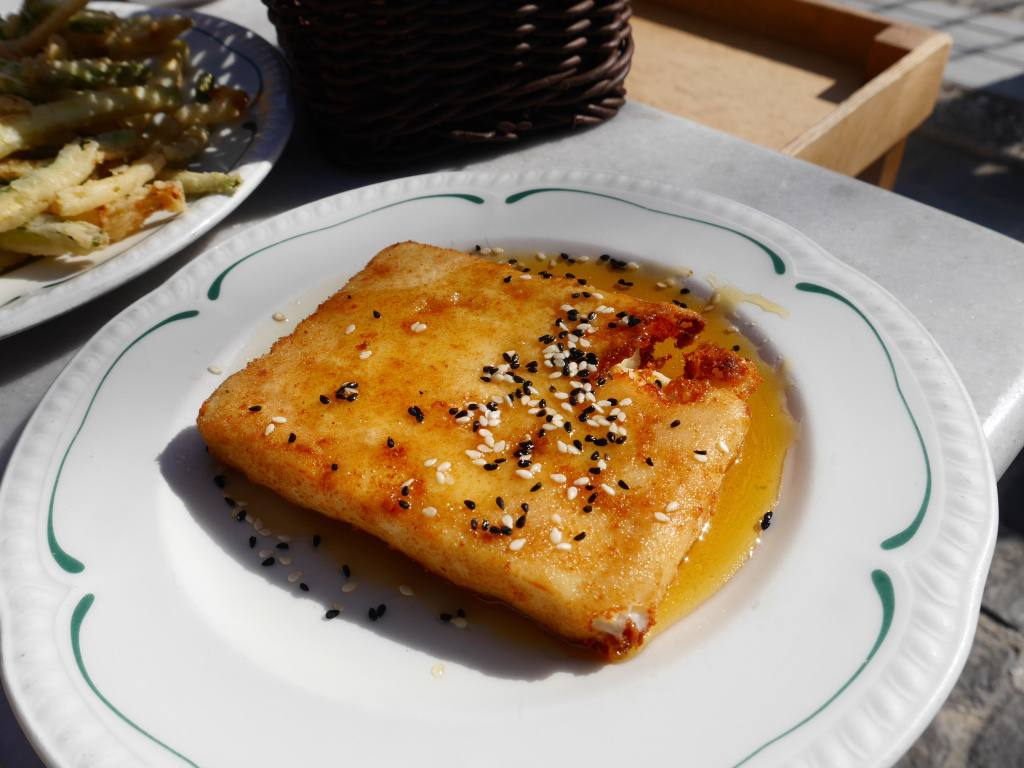 fried-feta-with-honey-greek-food