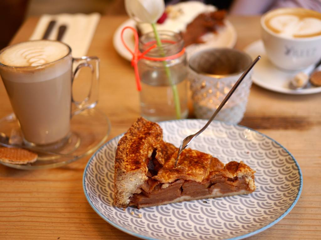 Apple strudel and coffee at Ree7, one of Amserdam's trendiest cafes