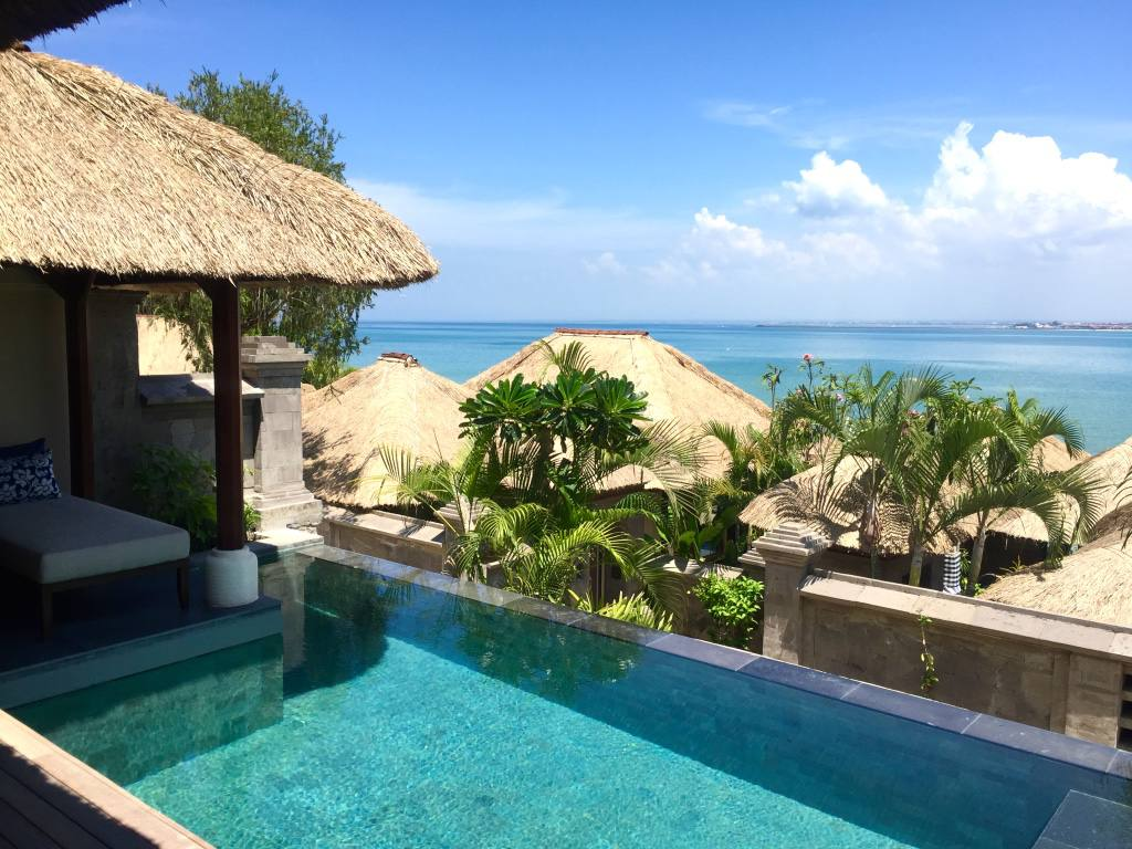 four-seasons-jimbaran-bay-bali-pool