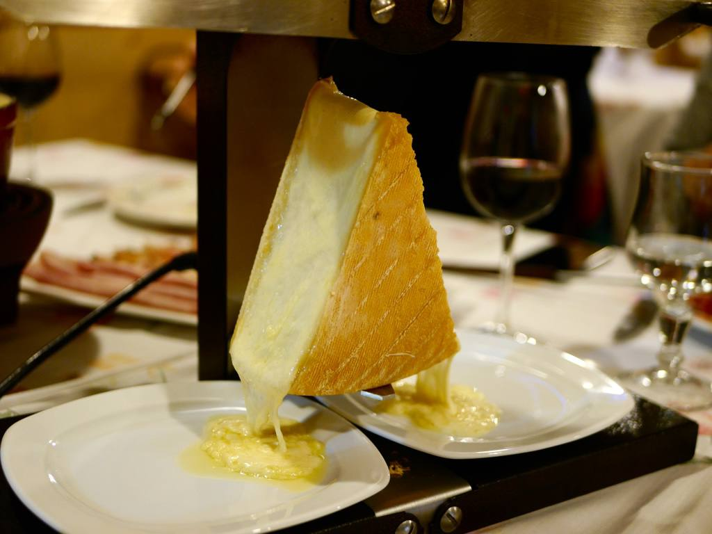 raclette-cheese-france