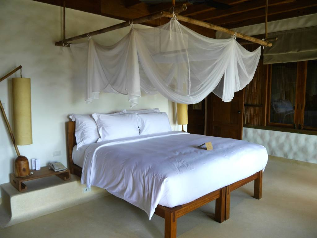 six-senses-ninh-van-bay-beach-villa-bedroom