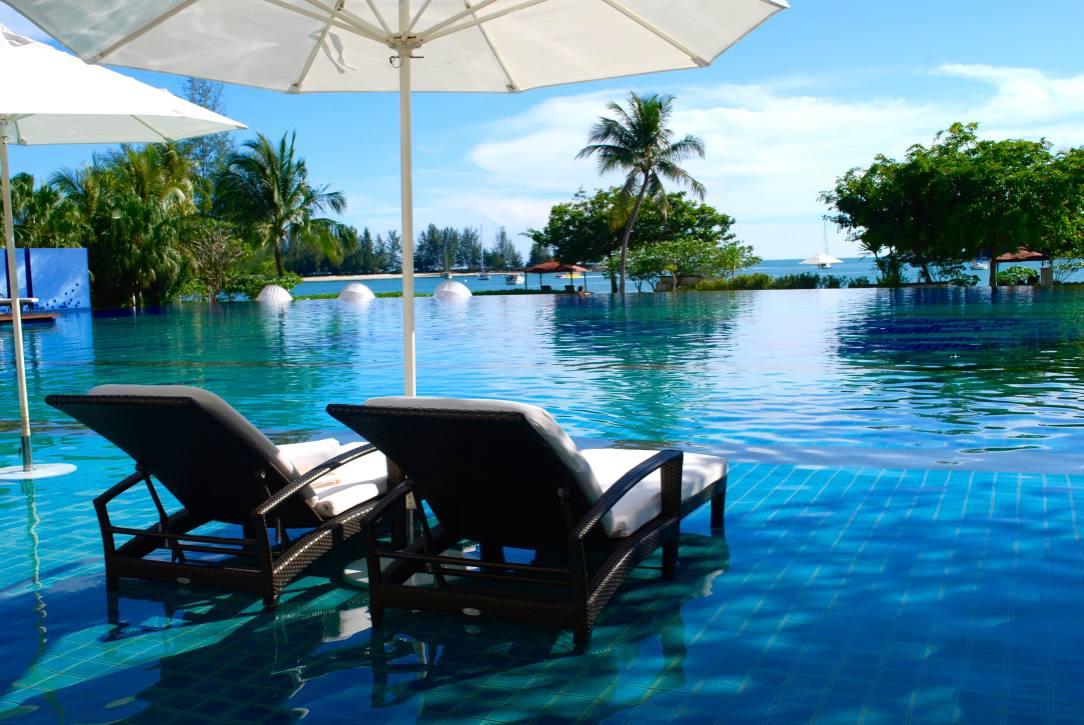 the-danna-langkawi-malaysia-pool