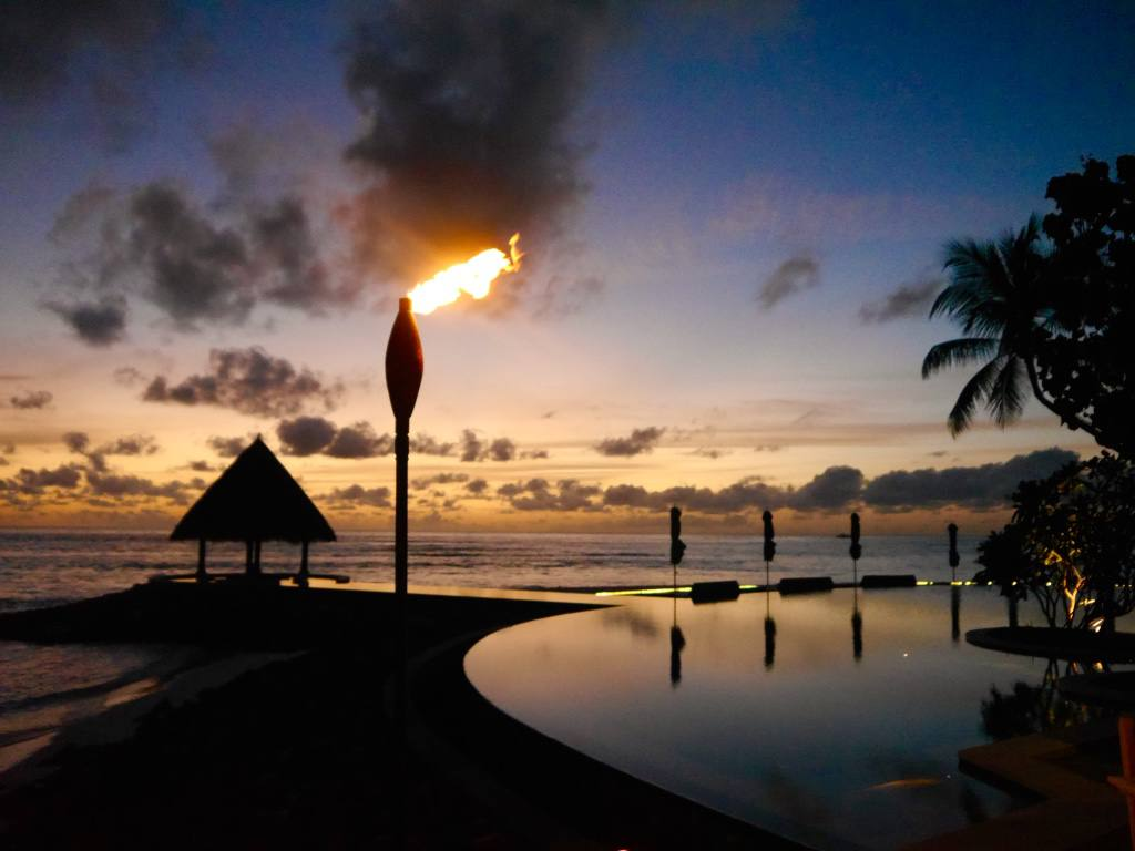 four-seasons-kuda-huraa-sunset
