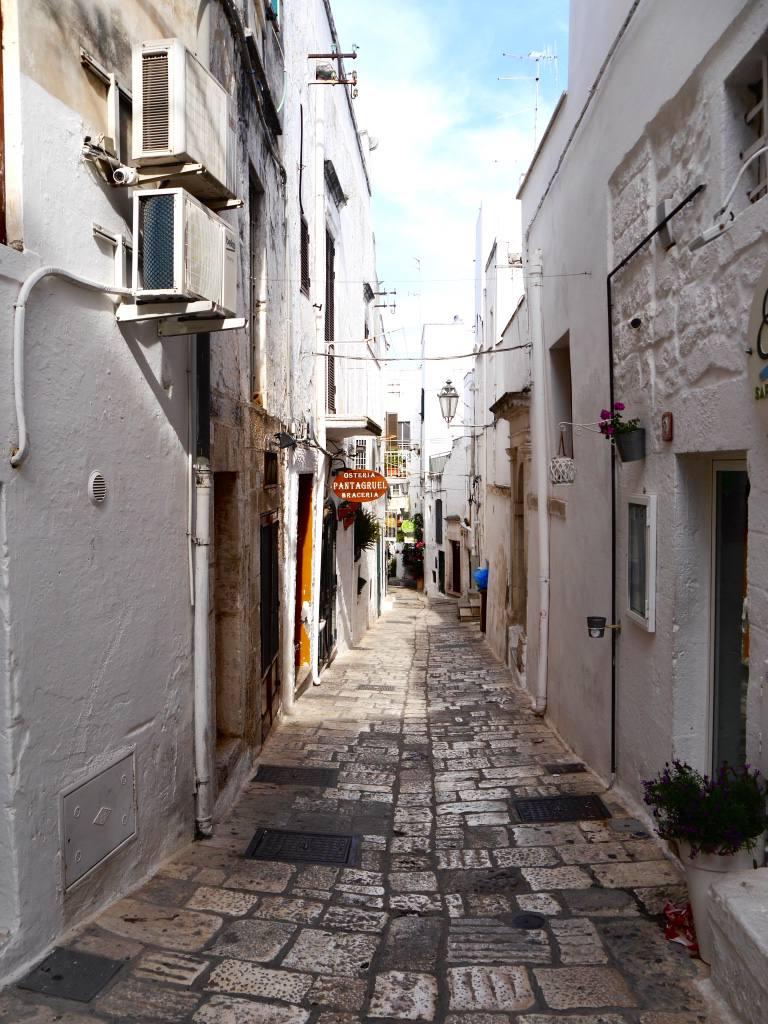 ostuni-puglia-towns-italy