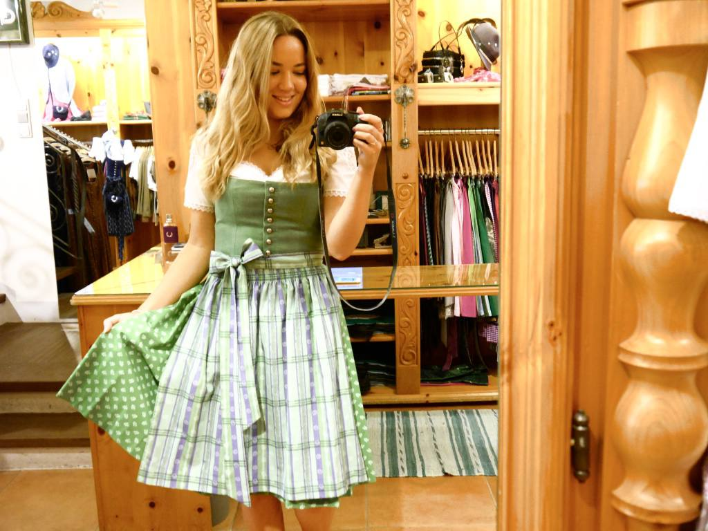 austrian-dirndl-dress-jess-gibson-the-travelista