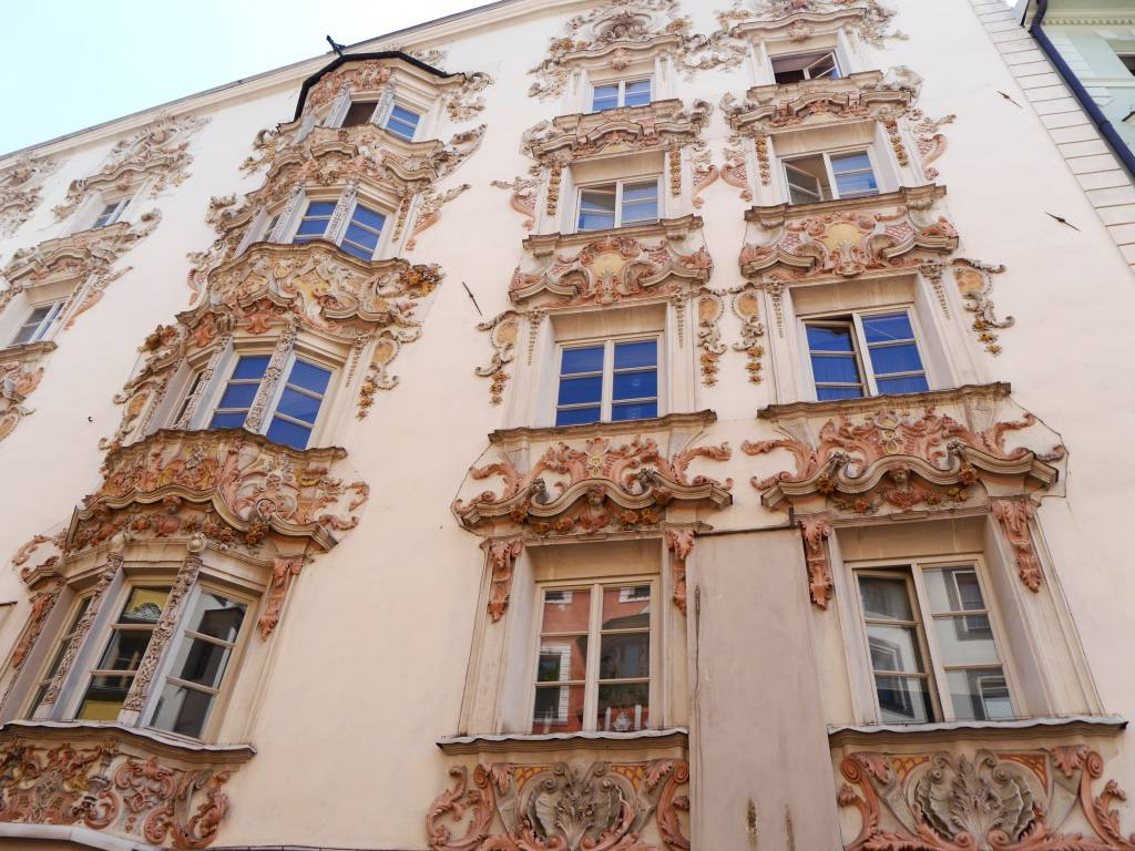 baroque-buildings-innsbruck-austria