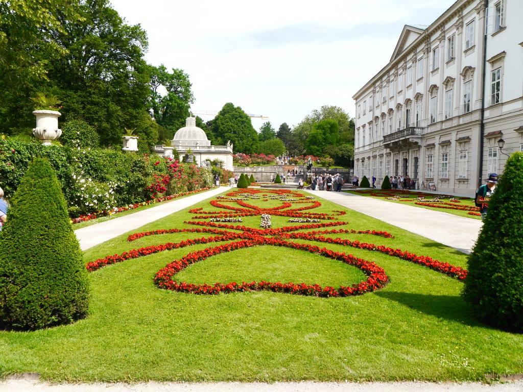 mirabelle-gardens-salzburg-austria