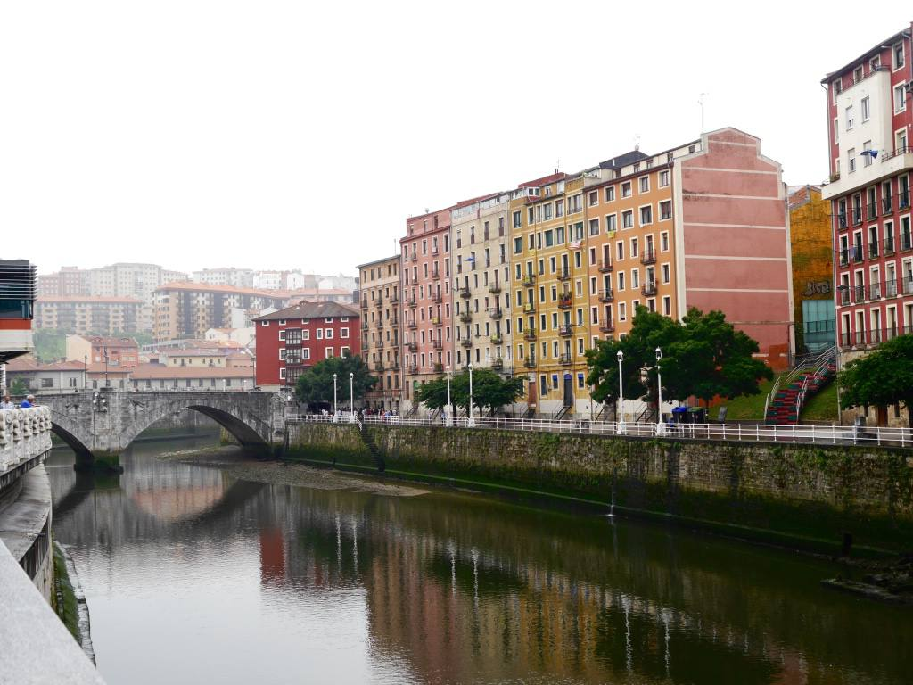 bilbao-river-front