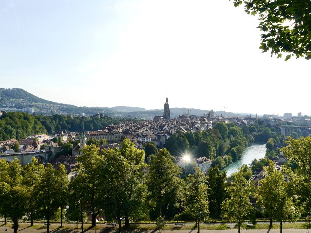 how to get to bern rose garden