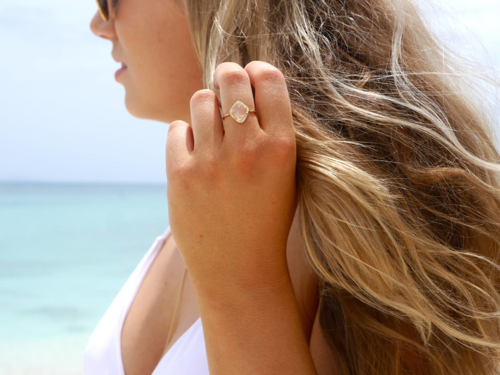 the-travelista-blog-jess-gibson-antigua-ring-beach-detail