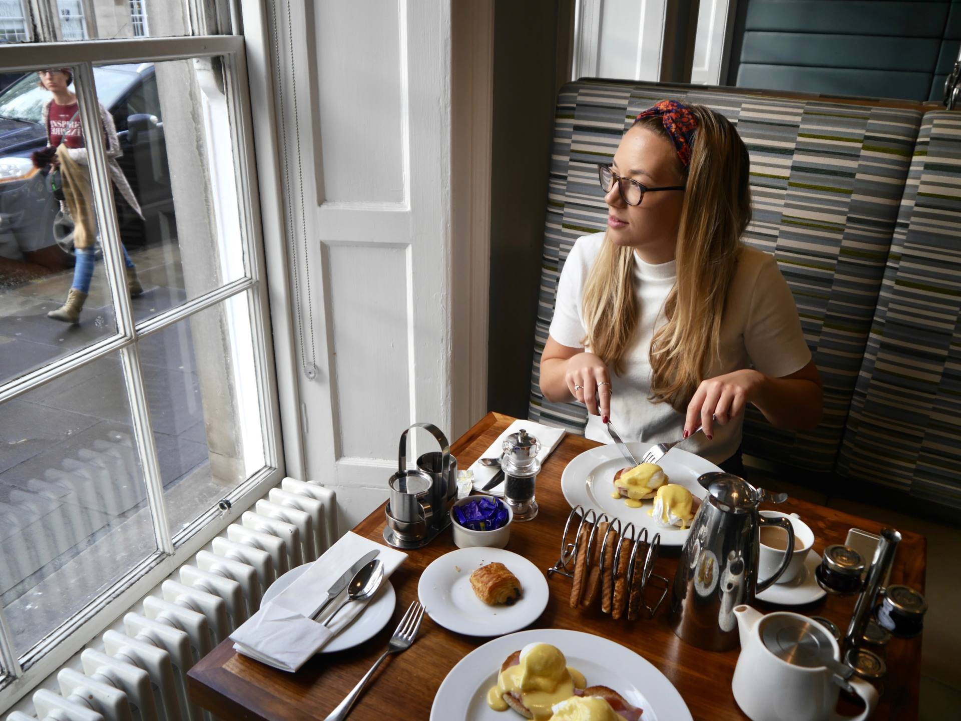 Learning to Hit Snooze at Waterloo Place, Edinburgh + Giveaway
