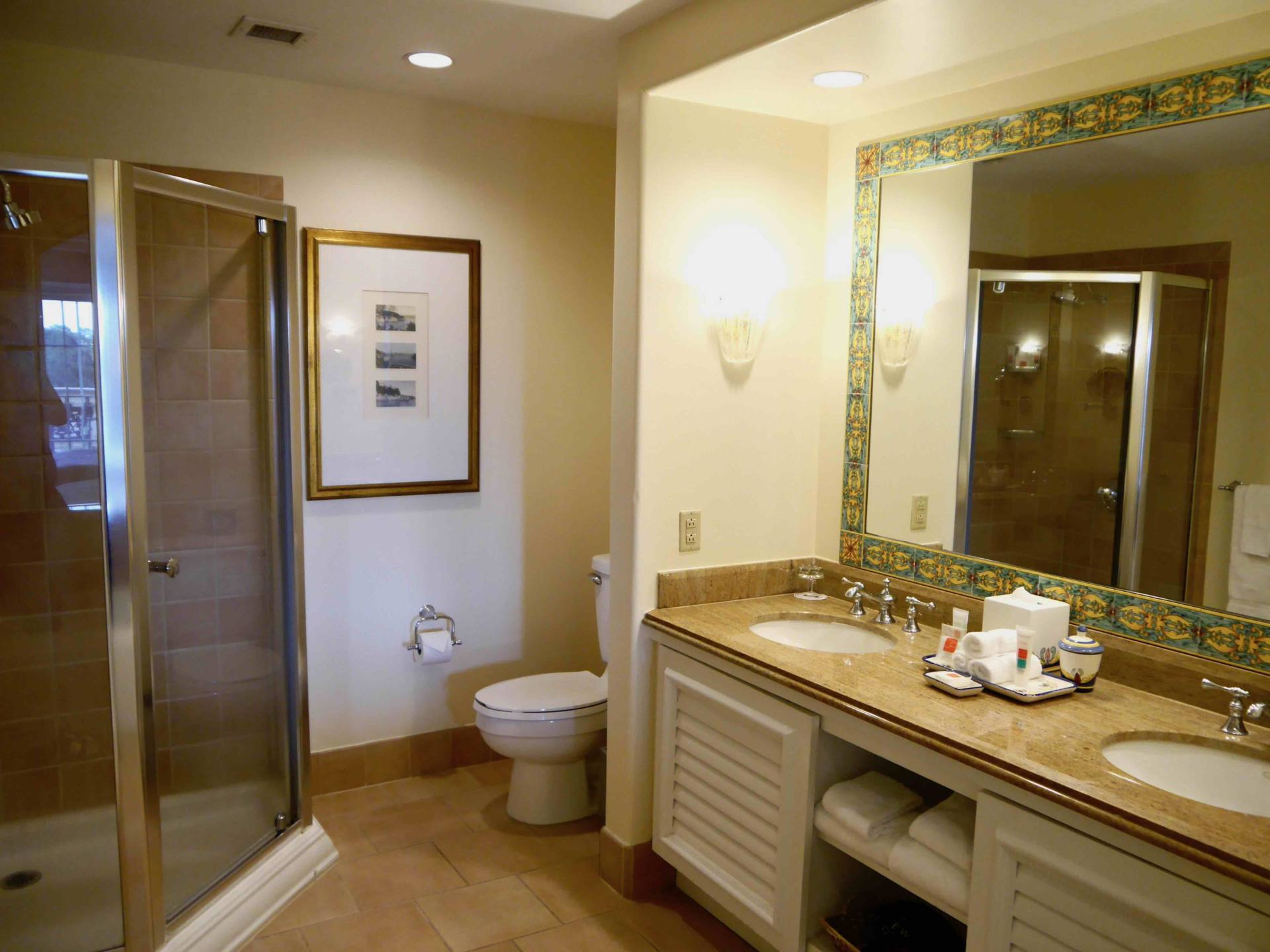 Loews Portofino Bay Hotel | Universal Orlando Resort Hotel | Bathroom