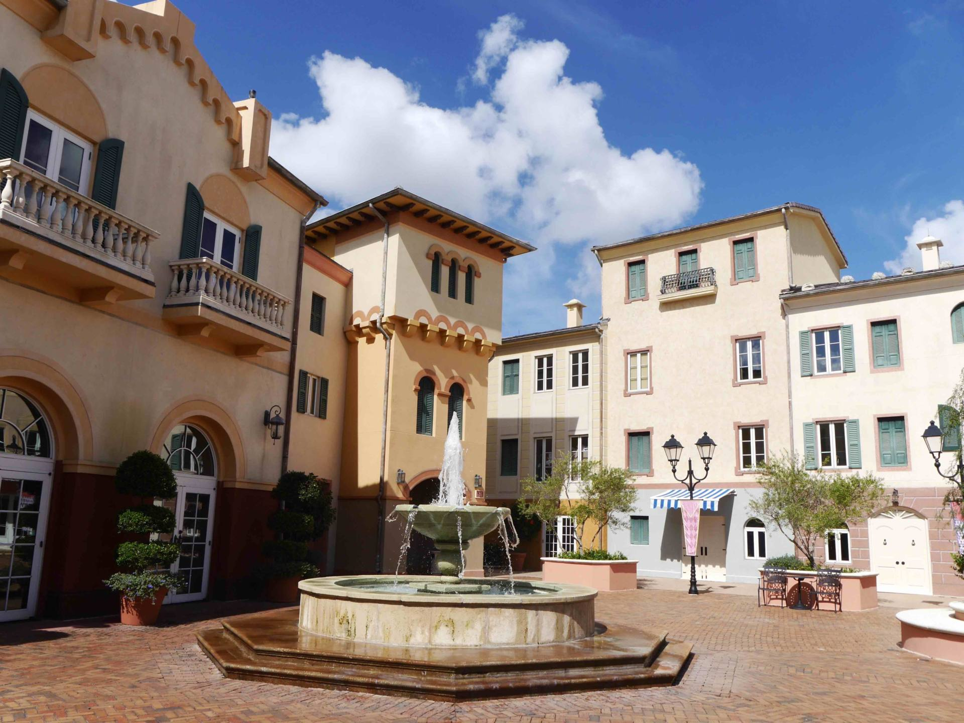Loews Portofino Bay Hotel >> What To Expect At Loews Portofino Bay Hotel Univesal Orlando Resort