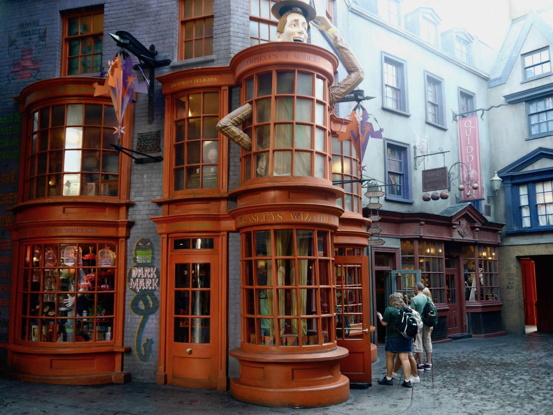 Wizarding World of Harry Potter Universal Studios Orlando Diagon Alley