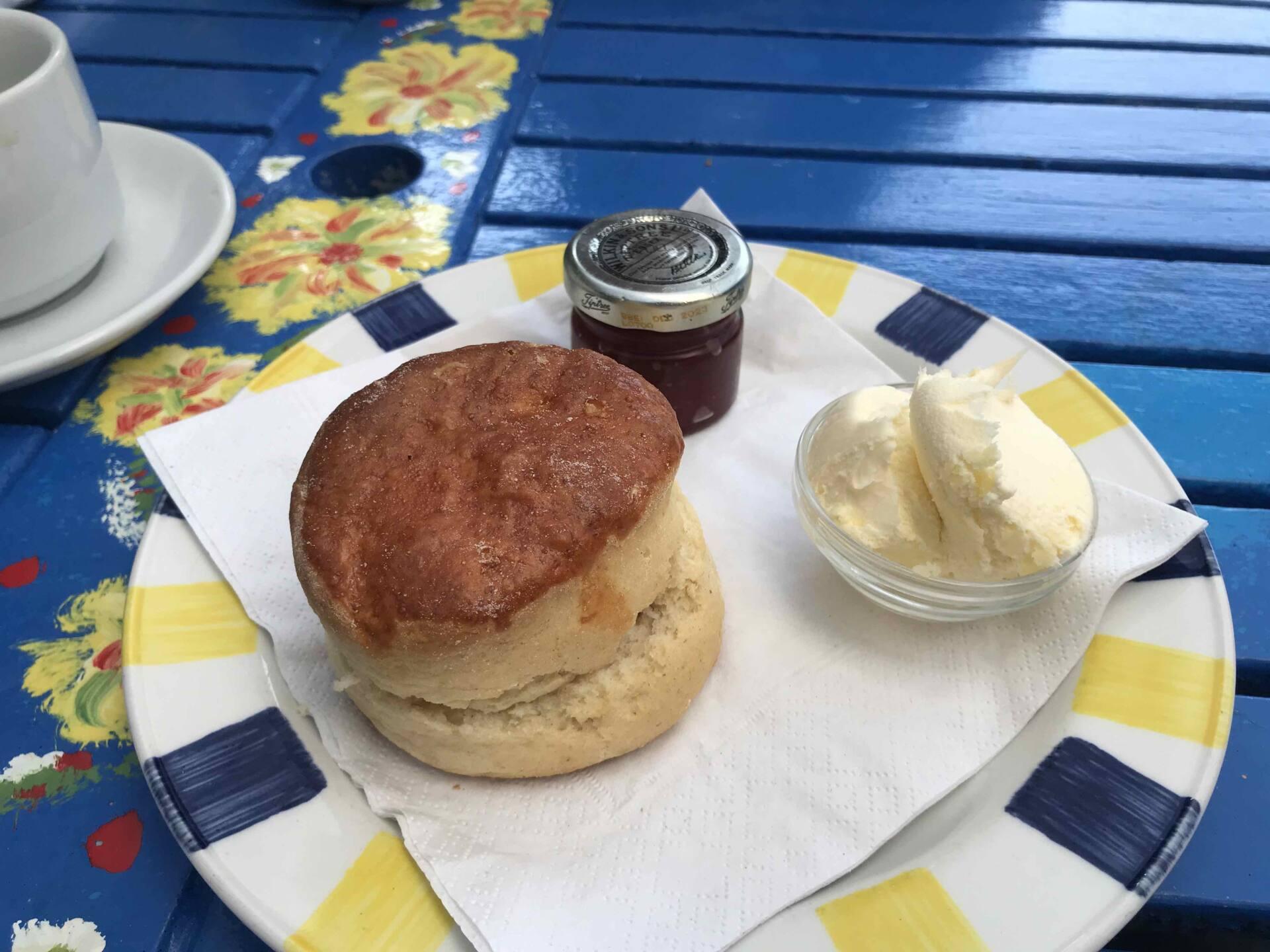 Devon Cream Tea, Curiosity Cottage Ilfracombe