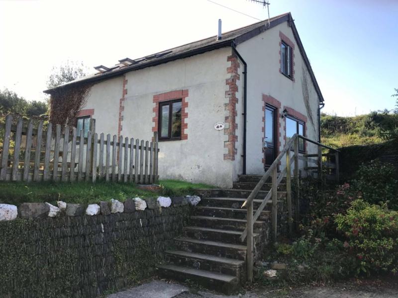 Granary Cottage Lower Camp Scott Farm Child Friendly Accomodation in Devon